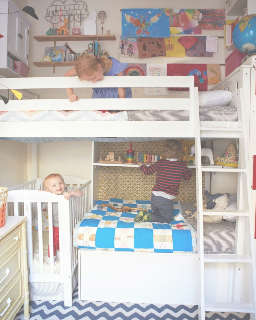 Amazing Small Shared Bedroom With Three Kids | Mini Me | Pinterest | Small regarding Small Shared Bedroom