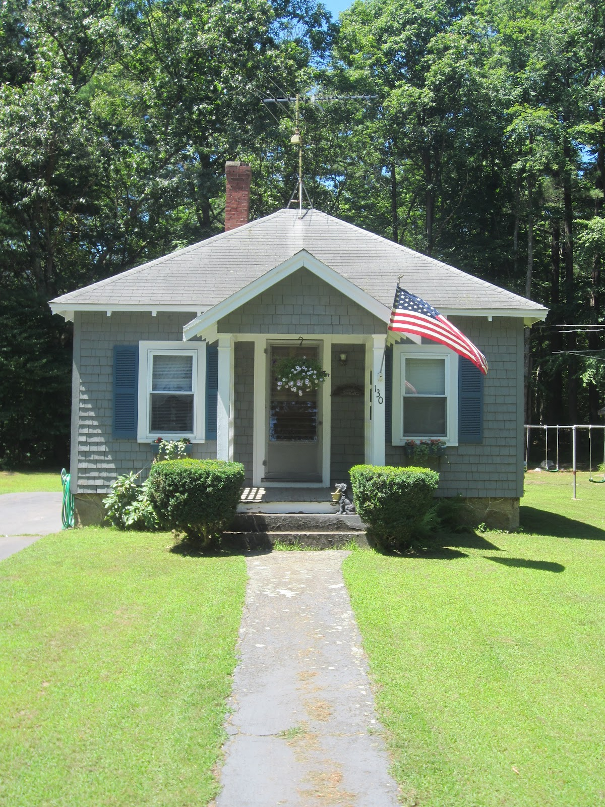 Amazing Tiny House Sight-Seeing…..a Small Bungalow Home In Easton, Ma inside Small Bungalow