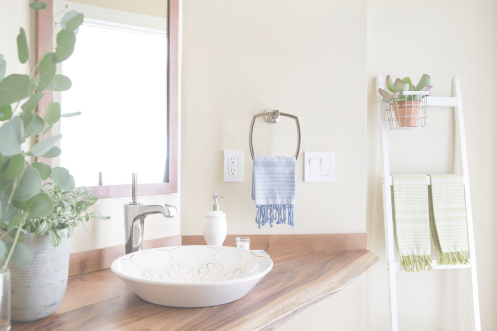 Beautiful 10 Paint Color Ideas For Small Bathrooms | Diy Network Blog: Made + with regard to Awesome Bathroom Paint Color Ideas