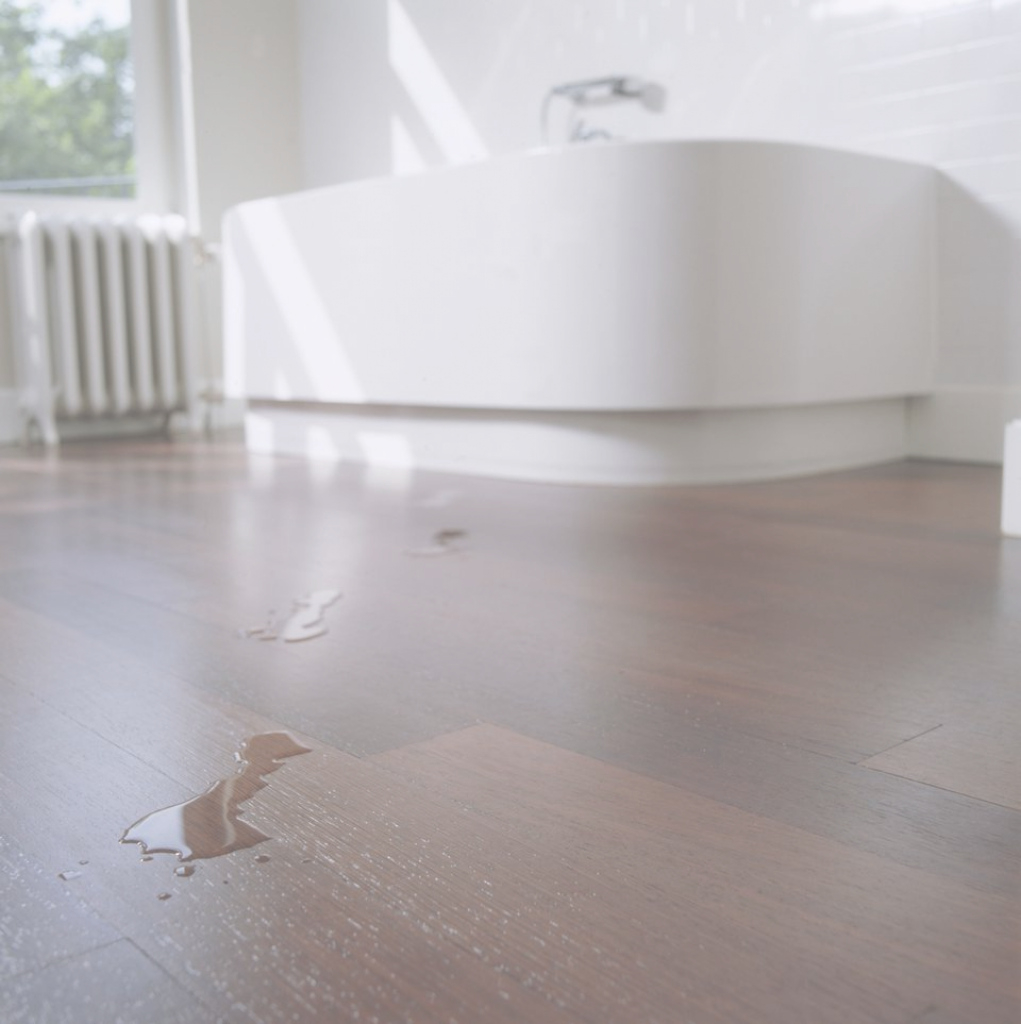 Beautiful Hardwood Flooring For Bathrooms: What To Consider with New Flooring Bathroom
