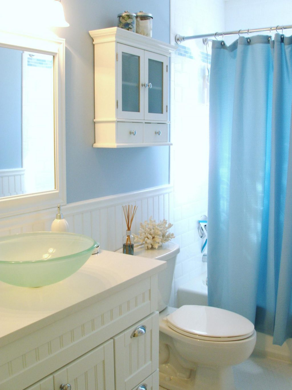 Beautiful Light Blue Bathroom Accessories Marvelousor Marvellous Teal Toilet throughout Light Blue Bathroom Accessories