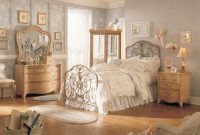Beautiful Vintage Bedroom Ideas For Small Rooms : Restmeyersca Home Design throughout Unique Vintage Bedroom Ideas For Small Rooms