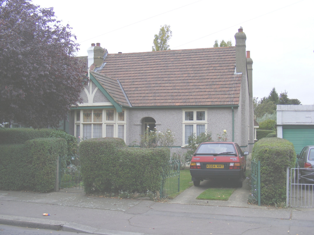 Cool File:original Pebbledash Bungalow, Seven Kings With Skoda Car regarding Bungalow Seven
