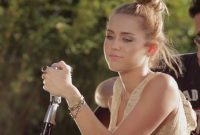 Cool Miley Cyrus The Backyard Sessions – Recherche Google | A Make Up Not for Best of The Backyard Sessions