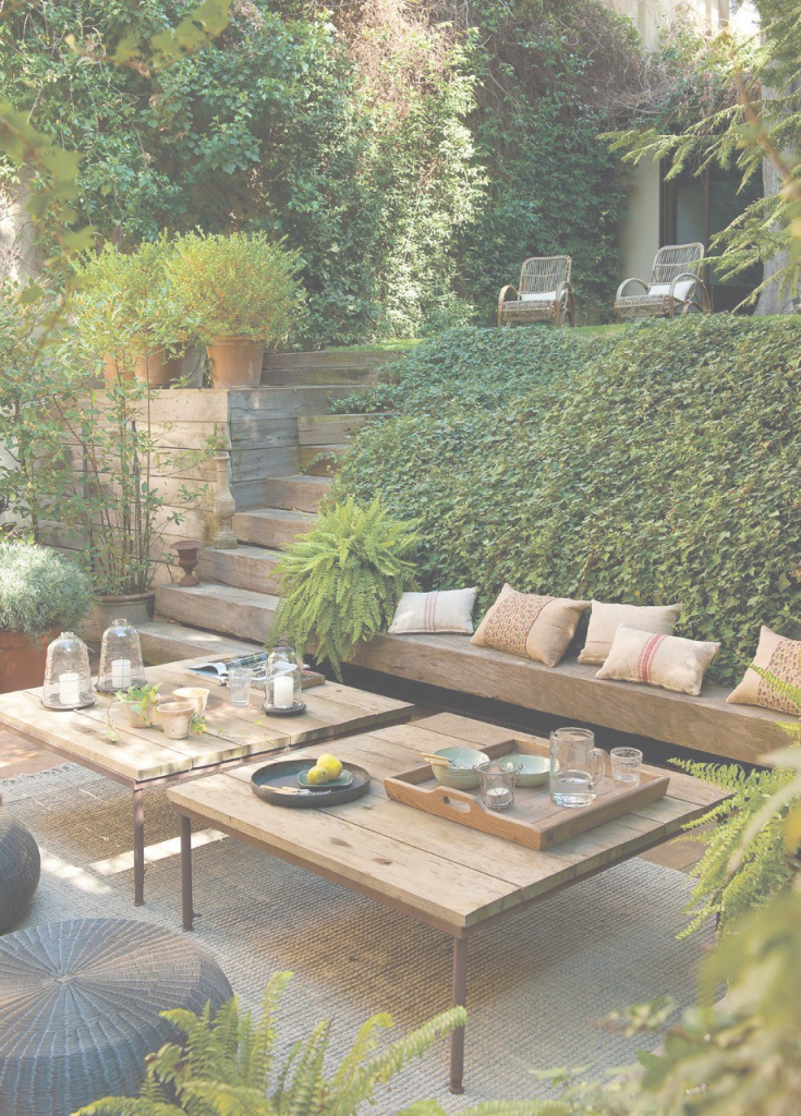 Cool Un Salón Abierto Al Jardín | Pinterest | Outdoor Lounge, Outdoor pertaining to Terraced Backyard