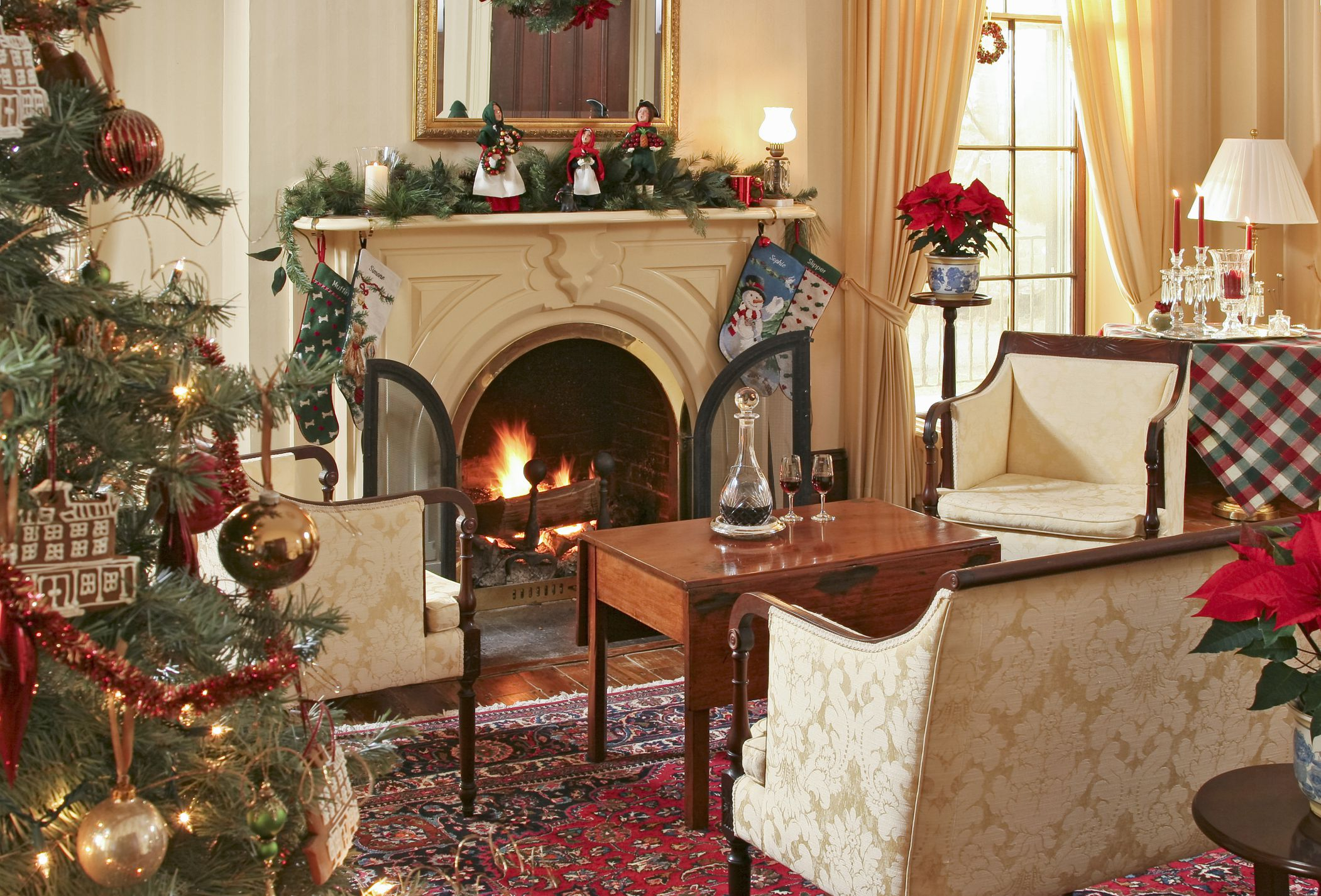 Elite 15 Beautiful Ways To Decorate The Living Room For Christmas throughout Christmas Living Room