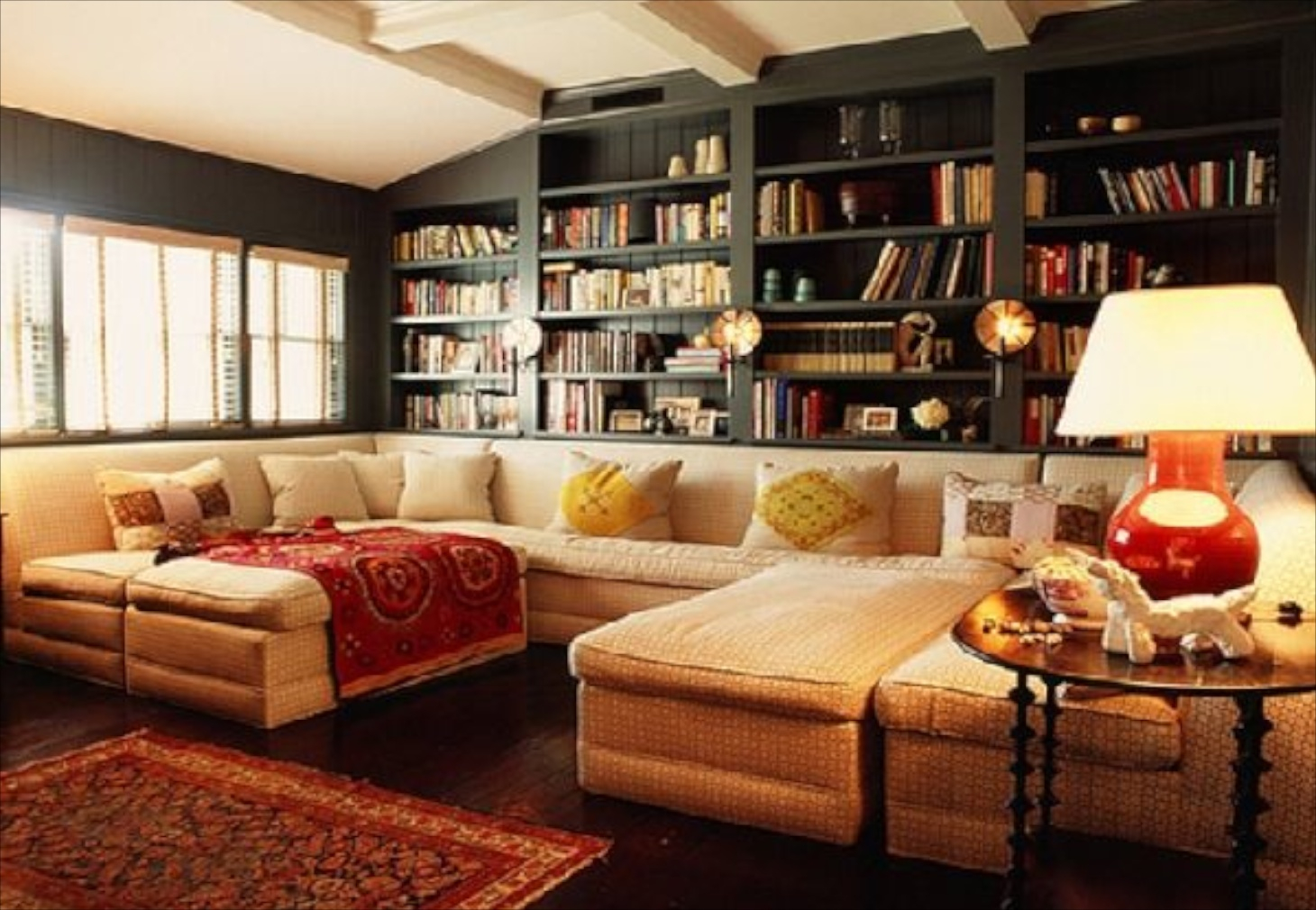 Elite 23_Sofas-And-Bookcase-Ideas-In-Cozy-Living-Room-Design-With-Mixture intended for Cozy Living Room Ideas