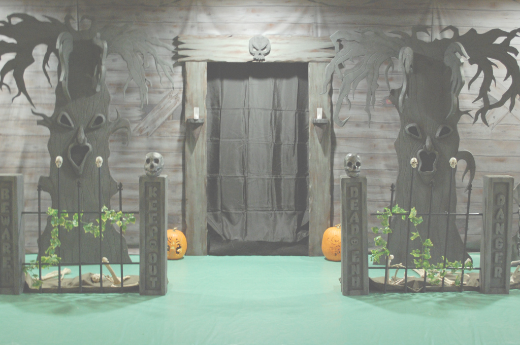 Elite Haunted House Ideas E2 80 93 Make Your Own Decorating %e2%80%93 For with regard to Haunted House Design Software