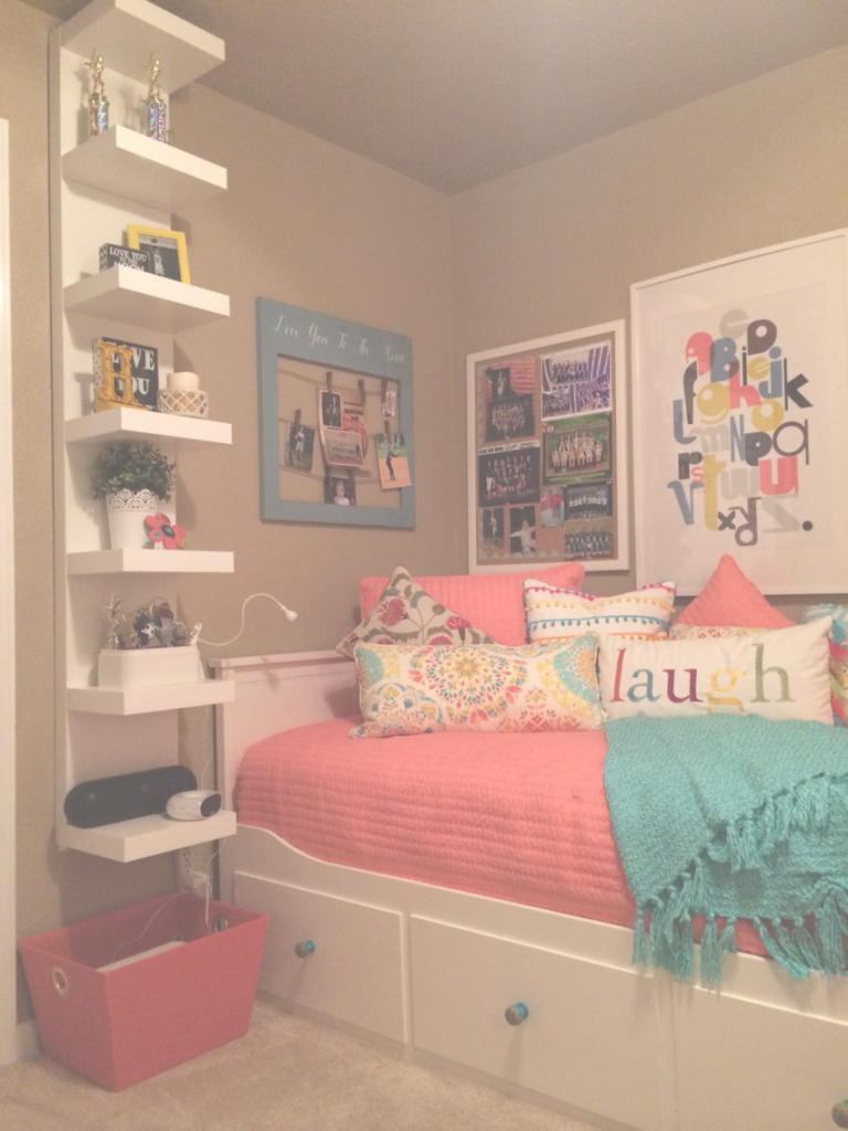 Elite Teenage Daughter's Complete Small Coral And Teal Bedroom. | Teenager in Good quality Small Teenage Girl Bedroom
