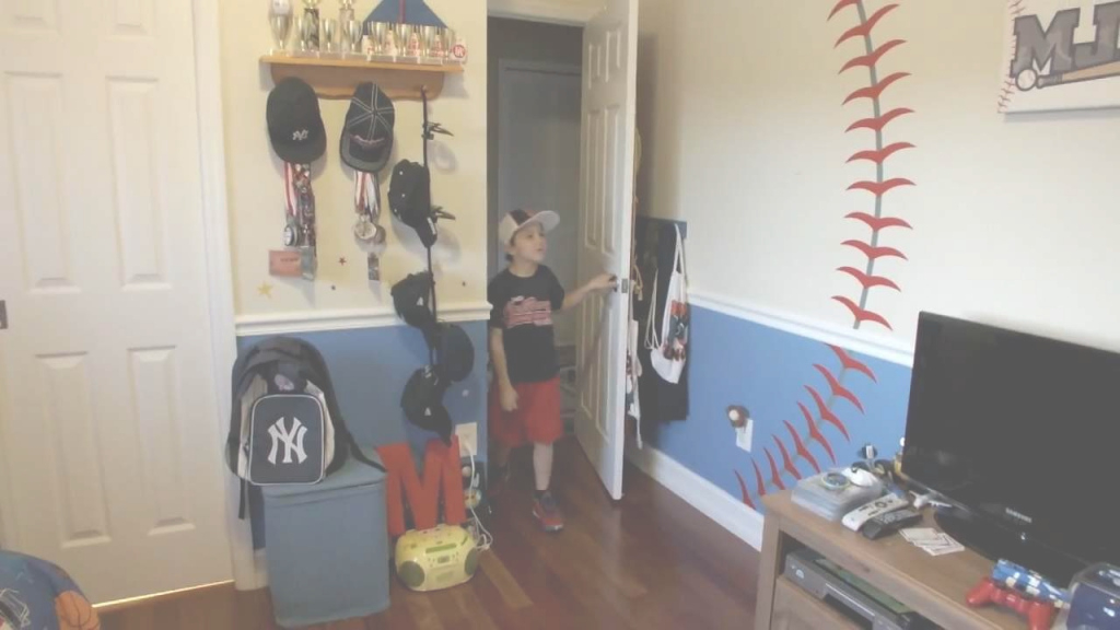 Epic Round321 | Baseball Decal Installation - Baseball Theme Bedroom with Awesome Sports Themed Bedroom Decor