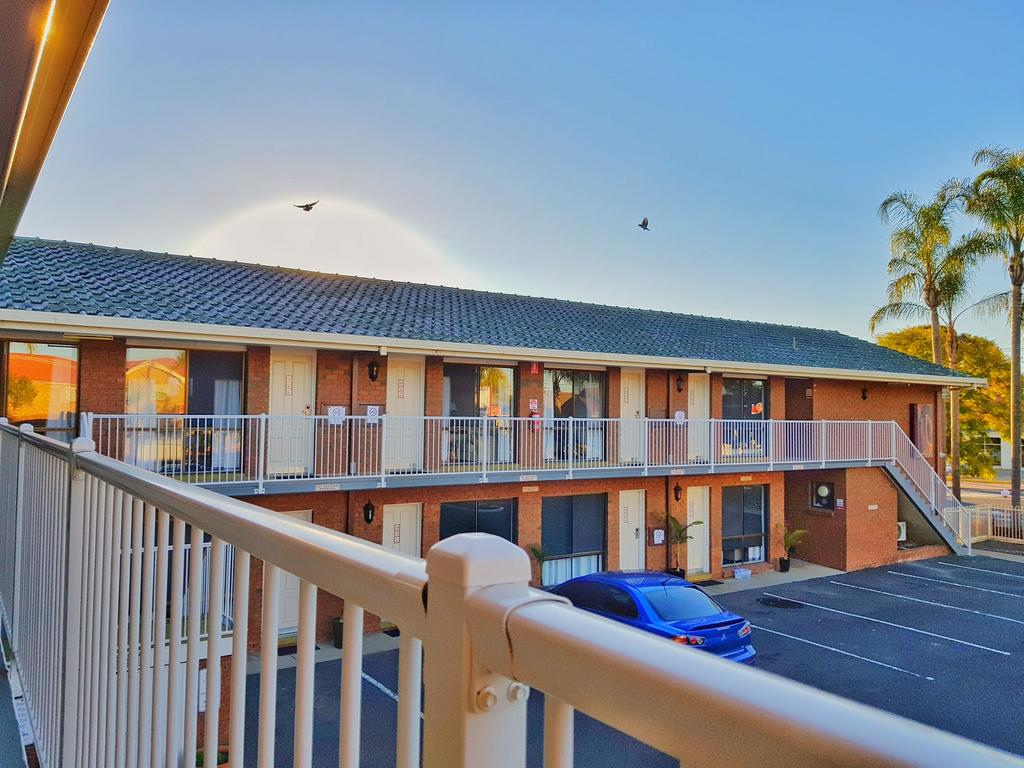 Epic The Palms Motel Dubbo, Australia - Booking regarding Fresh Garden Hotel Dubbo