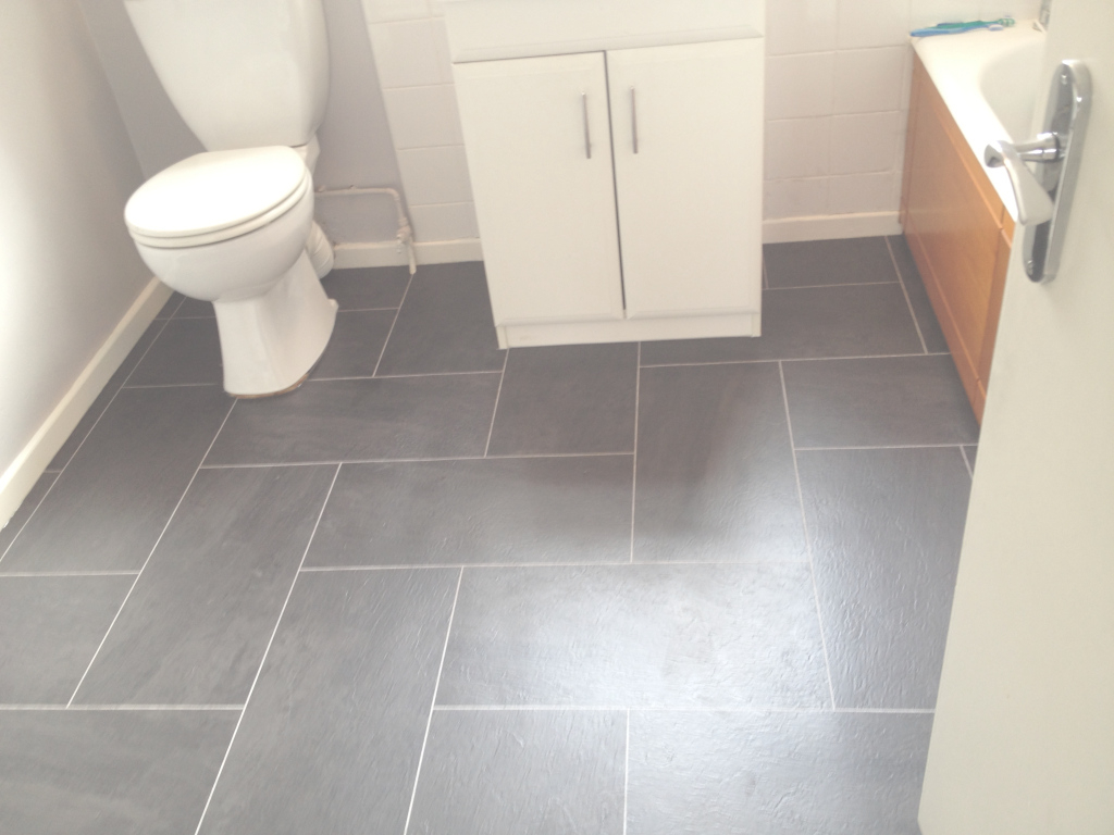 Fabulous 67 Most Prime Kitchen Laminate Flooring Vinyl Bathroom Suitable For regarding Laminate Flooring Bathroom