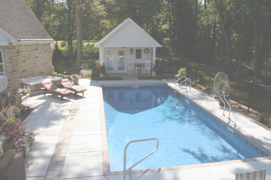 Fabulous Backyard Oasis - Swimming Pool Services in Backyard Oasis