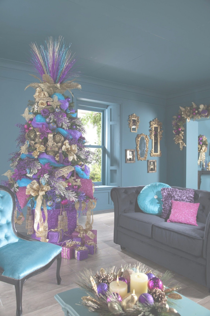 Fabulous Decorating Ideas,christmas Tree Decorating Themes With Gold Paper inside Christmas Decoration Themes