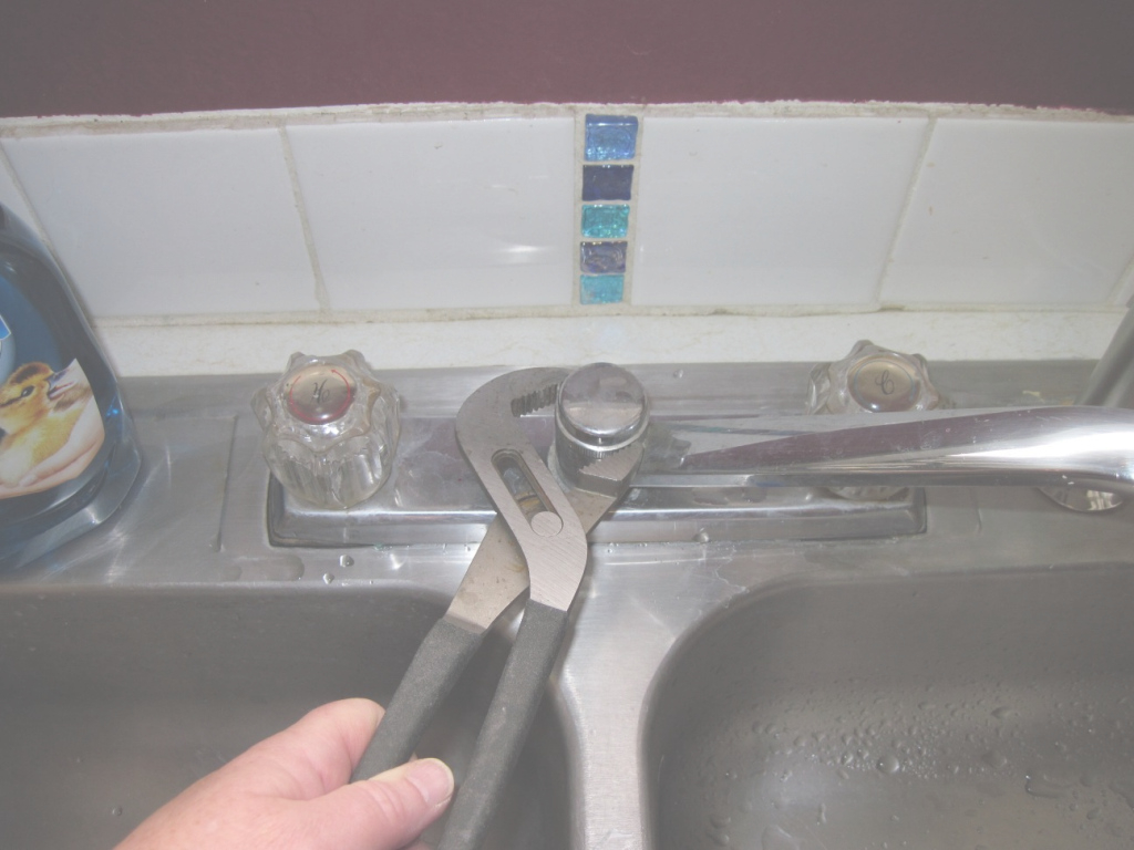 Fabulous Diy #2: Fix Kitchen Sink Side-Sprayer | Woman With A Hammer with regard to Fresh How To Fix A Kitchen Sink