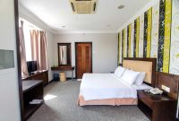 Fabulous Executive Deluxe Room Of Garden View Hotel – Garden View Hotel with Luxury Garden View Hotel