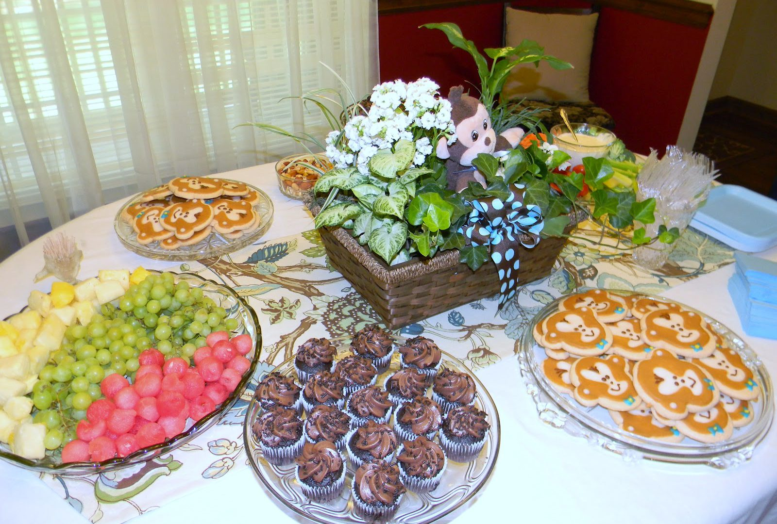 Fancy Stunning Baby Shower Finger Food Ideas On Budget Themes Foods Quick with regard to Inspirational Baby Shower Finger Food Ideas On A Budget