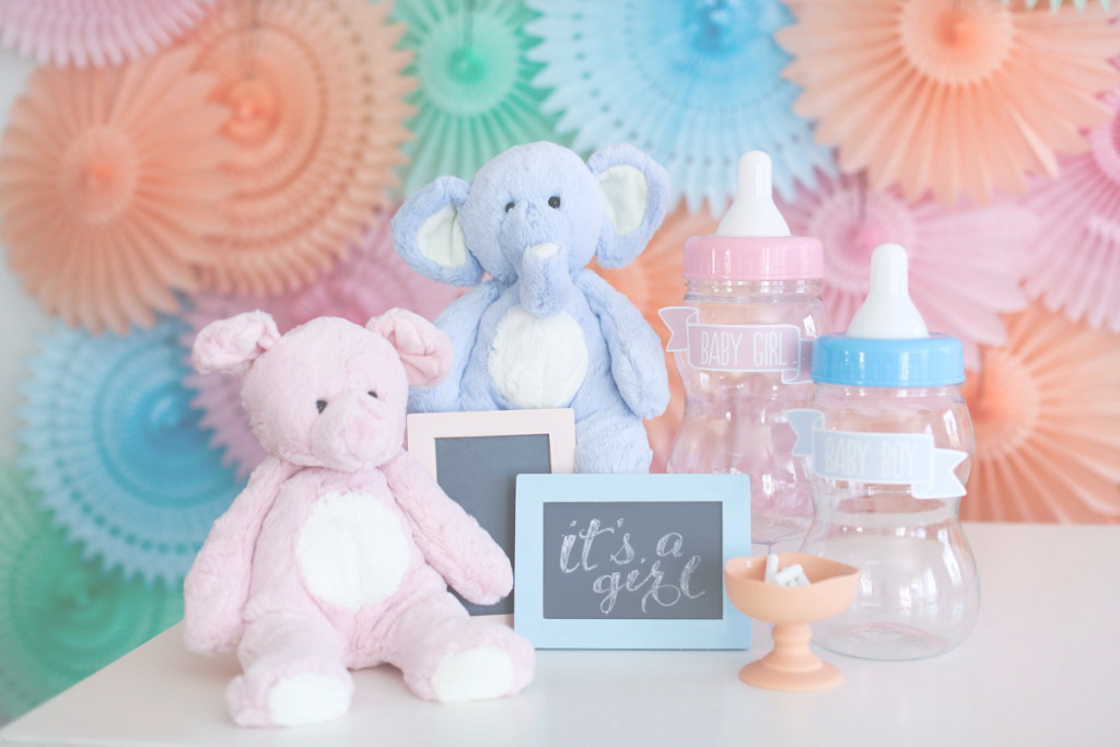 Glamorous Baby Shower Etiquette - Evite within Elegant Who Plans A Baby Shower
