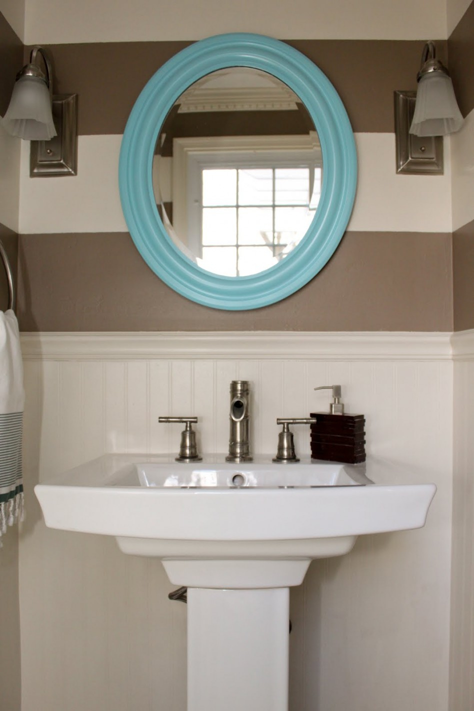 Glamorous Bathroom: Unique Color Combination Between Blue Oval Window Frame with Oval Room Blue Bathroom