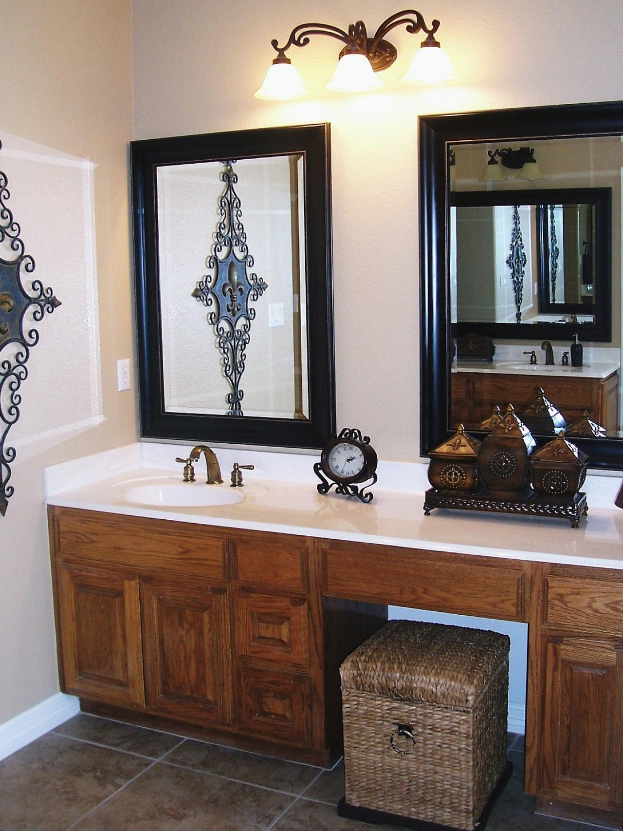 Glamorous Types Of Vanity Mirrors - Darbylanefurniture regarding Bathroom Vanity Mirrors
