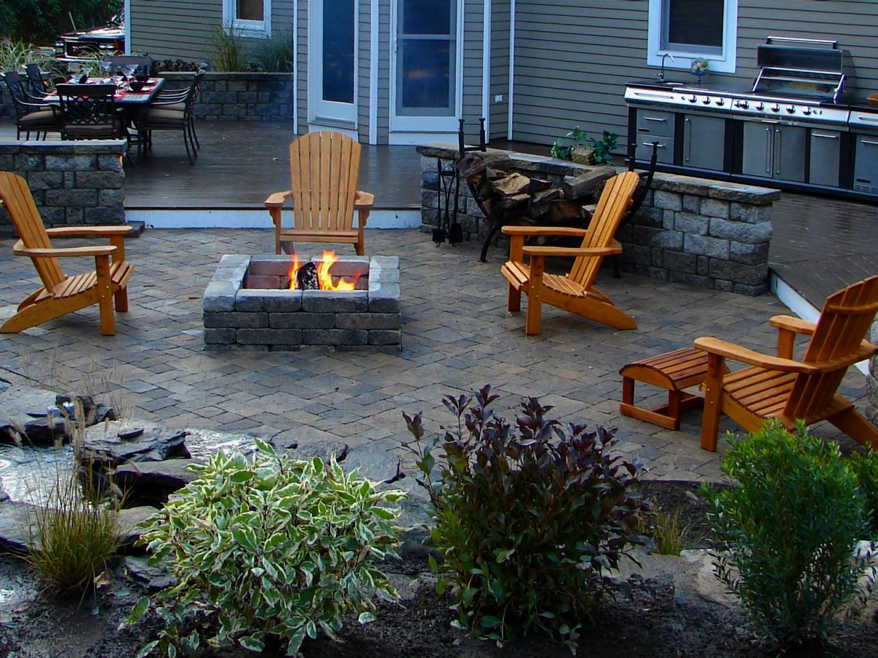 Inspirational 66 Fire Pit And Outdoor Fireplace Ideas | Diy Network Blog: Made + with regard to Backyard Landscaping Ideas With Fire Pit