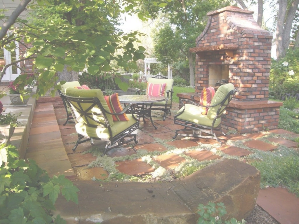 Inspirational Backyard Patio Ideas For Making The Outdoor More Functional Image in Country Backyard