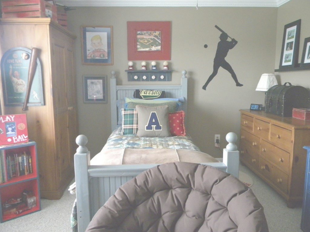 Inspirational Bedroom : Outstanding Paint Ideas For Sports Themed Bedroom with Sports Themed Bedroom Decor
