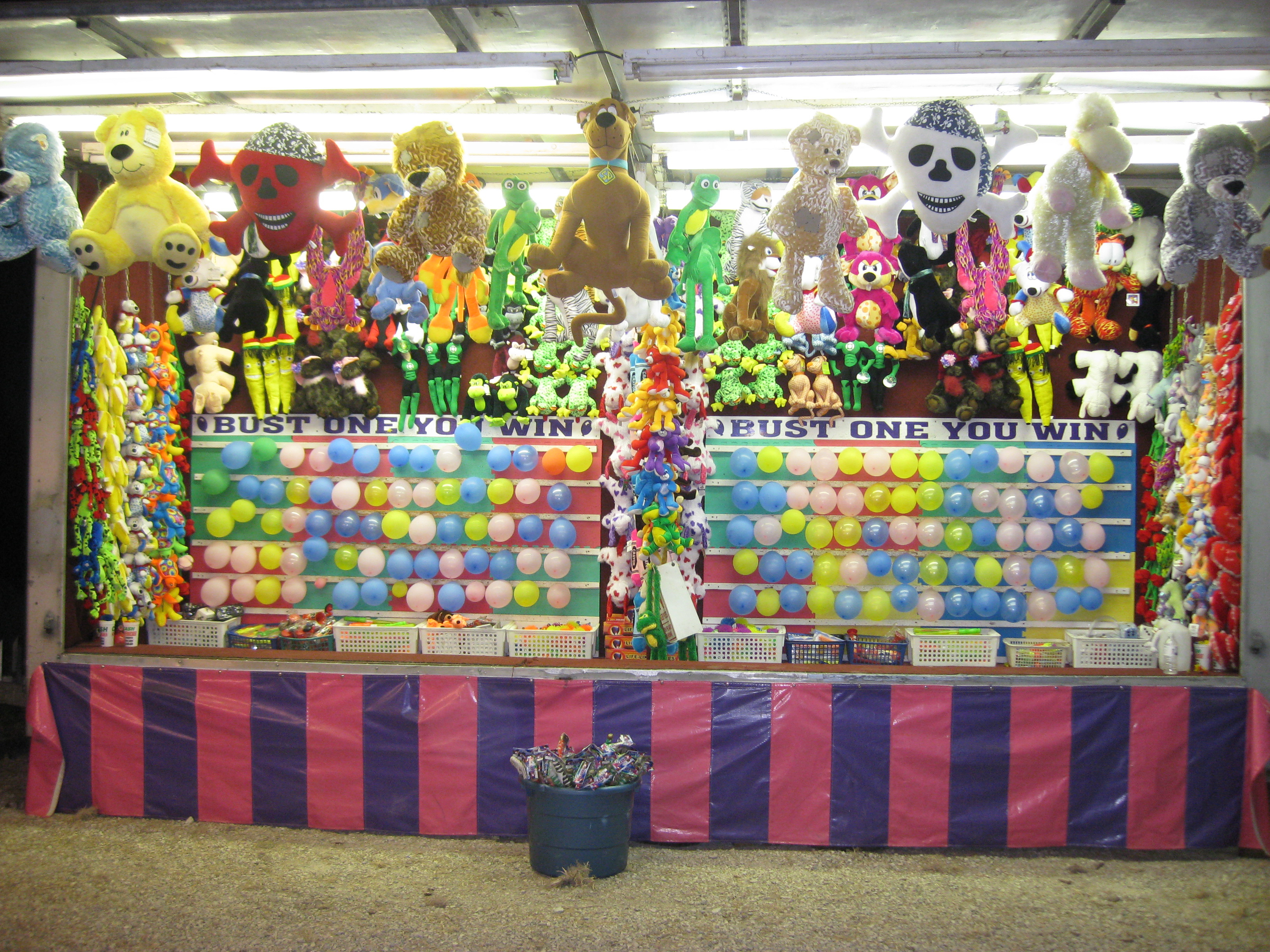 Lovely Carnival Games | inside Luxury Backyard Carnival