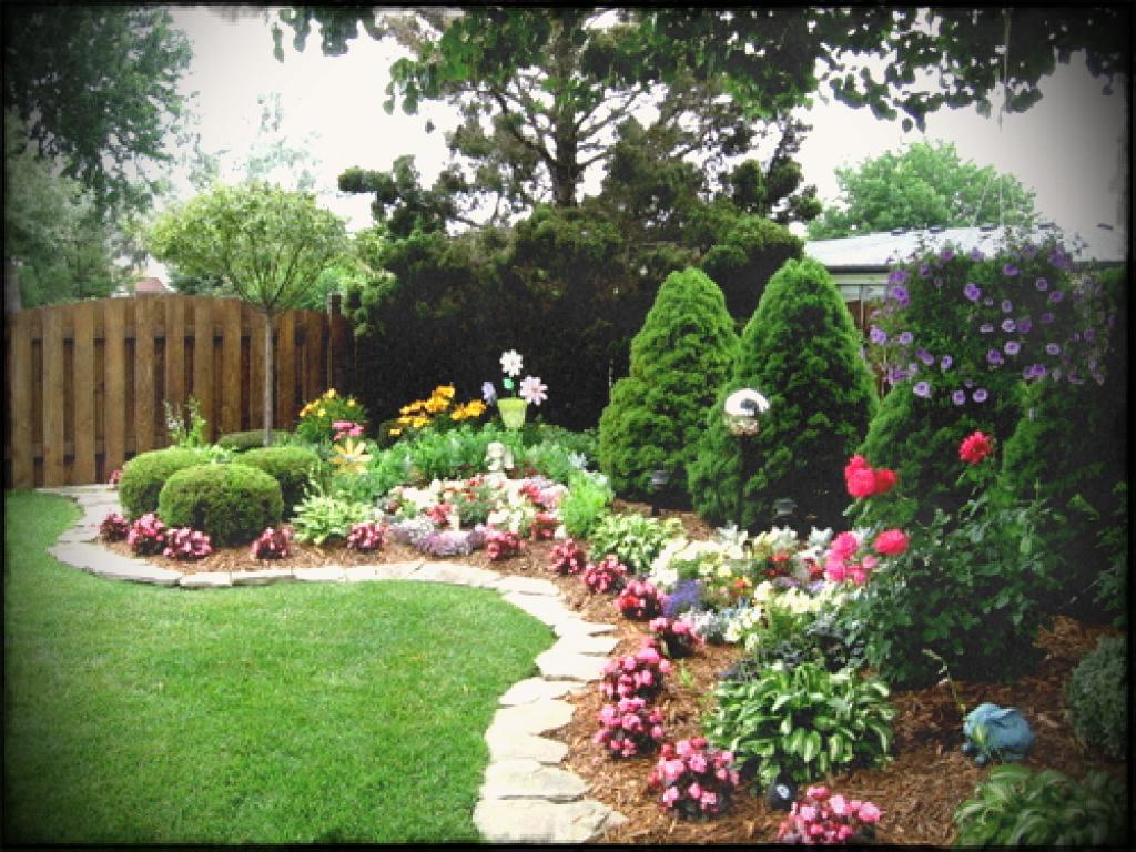 Modern Beautiful Backyard Flower Gardens House Design And Planning With with regard to Good quality Backyard Flowers