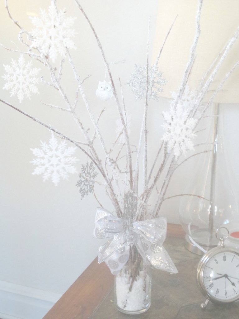 Modern Winter Themed Table Centerpieces Wedding Decoration Rustic Dining pertaining to Winter Wonderland Table Decorations