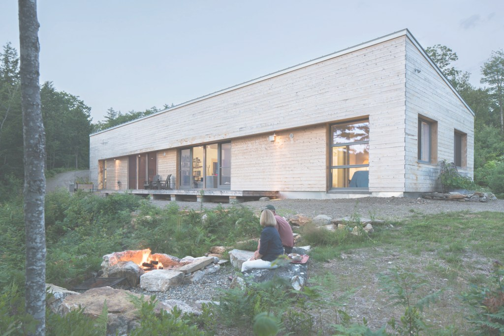 Amazing Maine Custom Prefab Homes - Maine Goes Prefab - 6 Homes We Love for Gologic Prefab