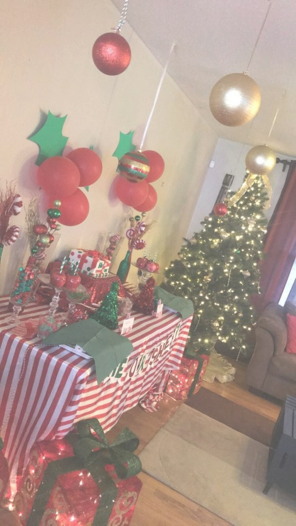 Elite Christmas Themed Gender Reveal | My Events | Gender Reveal in Christmas Themed Baby Shower
