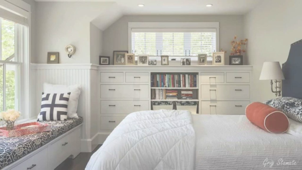 Modern Small Bedrooms Ideas To Make Your Home Look Bigger - Youtube in Make A Small Bedroom Look Bigger