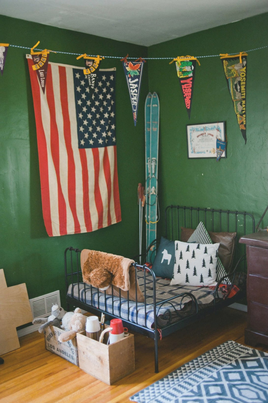 10 Lovely Little Boys Rooms Part 4 - Tinyme Blog for Pictures Of Boys Bedrooms