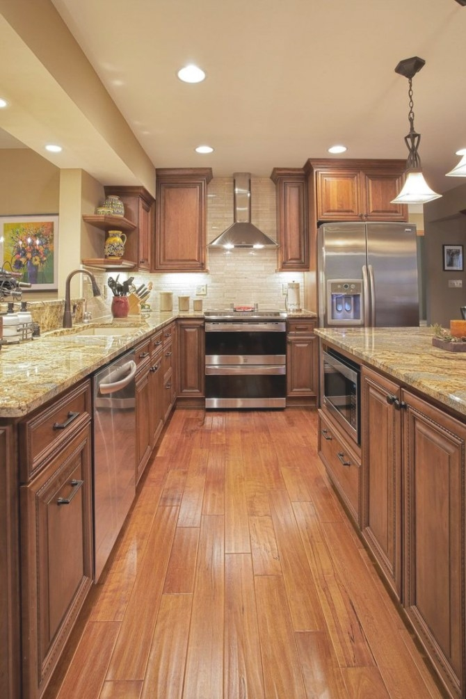 10+ Most Popular Kitchen Color Ideas And Combination inside Update Brown Cabinets In Kitchen