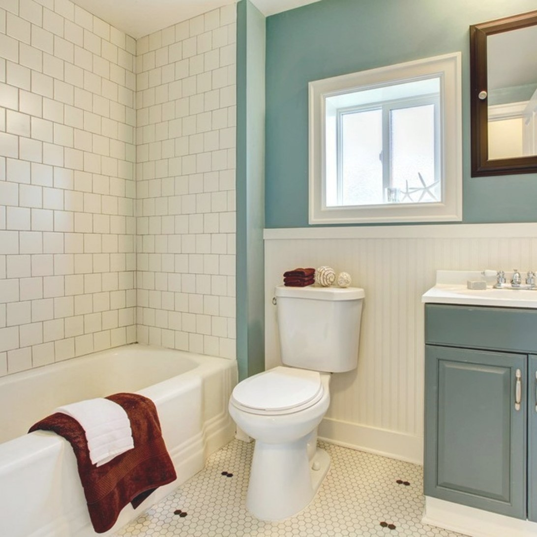 13 Tile Tips For Better Bathroom Tile — The Family Handyman for Images Of Small Bathrooms