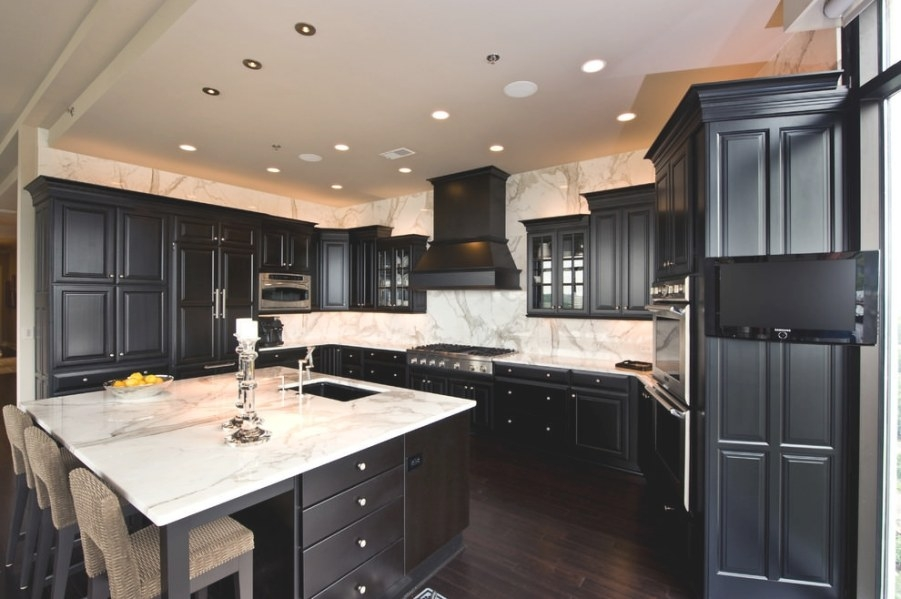 24+ Black Kitchen Cabinet Designs, Decorating Ideas for Black Kitchen Cabinets Small Kitchen