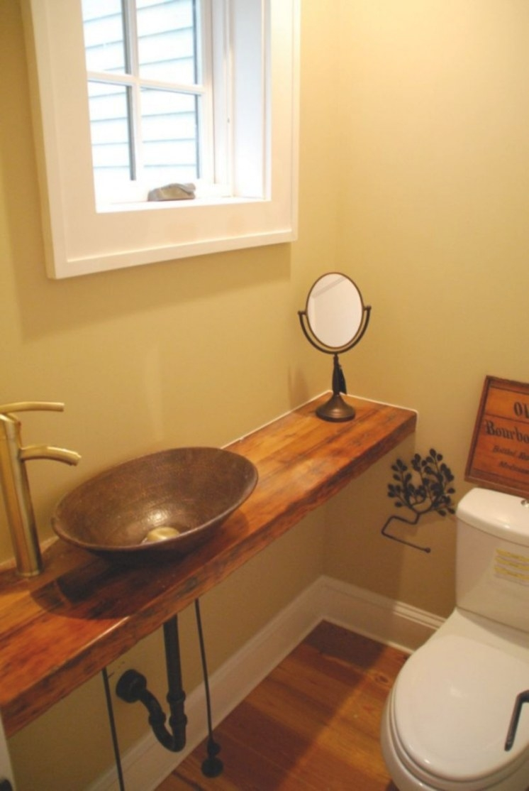 50+ Farmhouse Bathroom Ideas For Small Space - Homecantuk for Bathtub Designs For Small Bathrooms