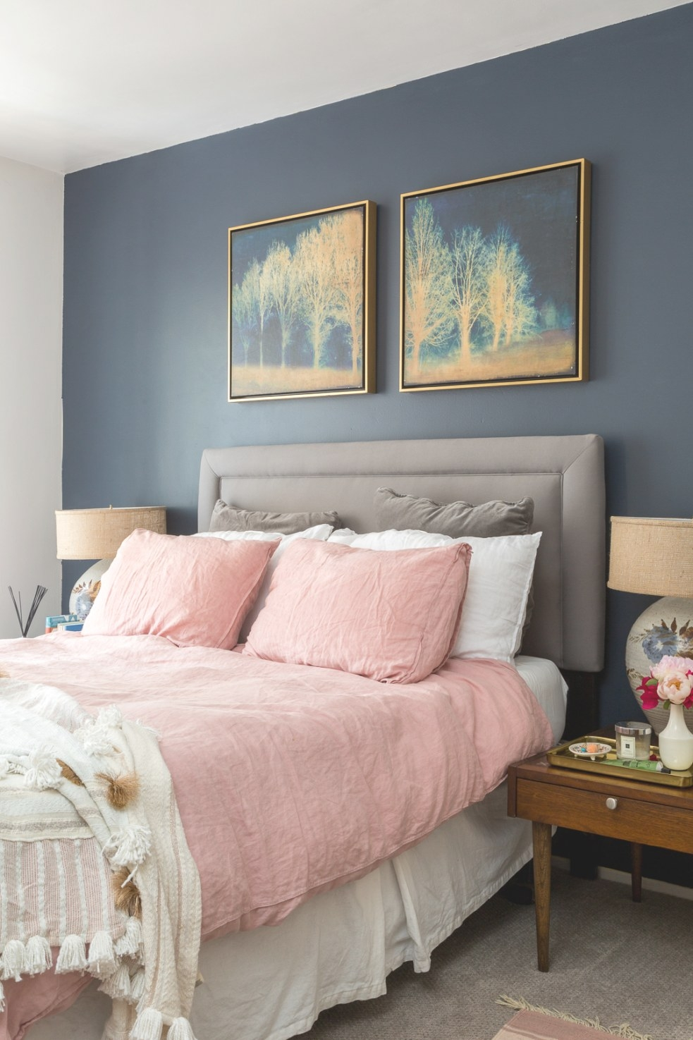 Boho Chic Navy And Pink Bedroom - A Vintage Splendor At Home within Navy Blue And Gold Bedroom