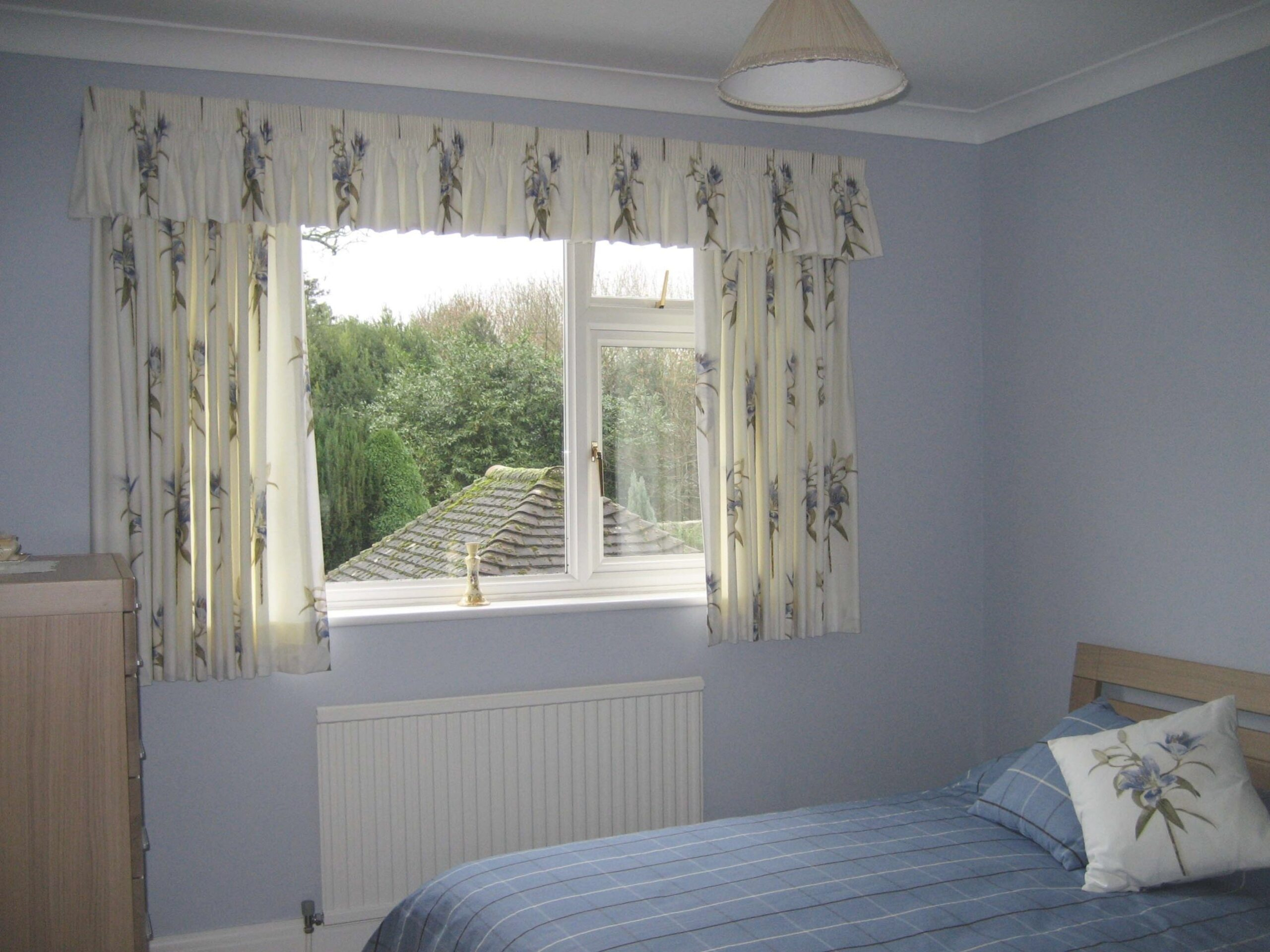 Choose Elegant Short Curtains For Bedroom | Atzine inside Curtain Designs For Bedroom
