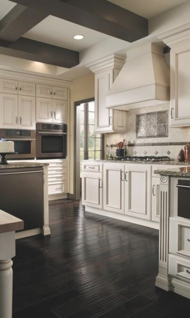 Custom Kitchen Cabinets - Fieldstone Cabinetry | Kitchen with Dark Hardwood Floors Kitchen