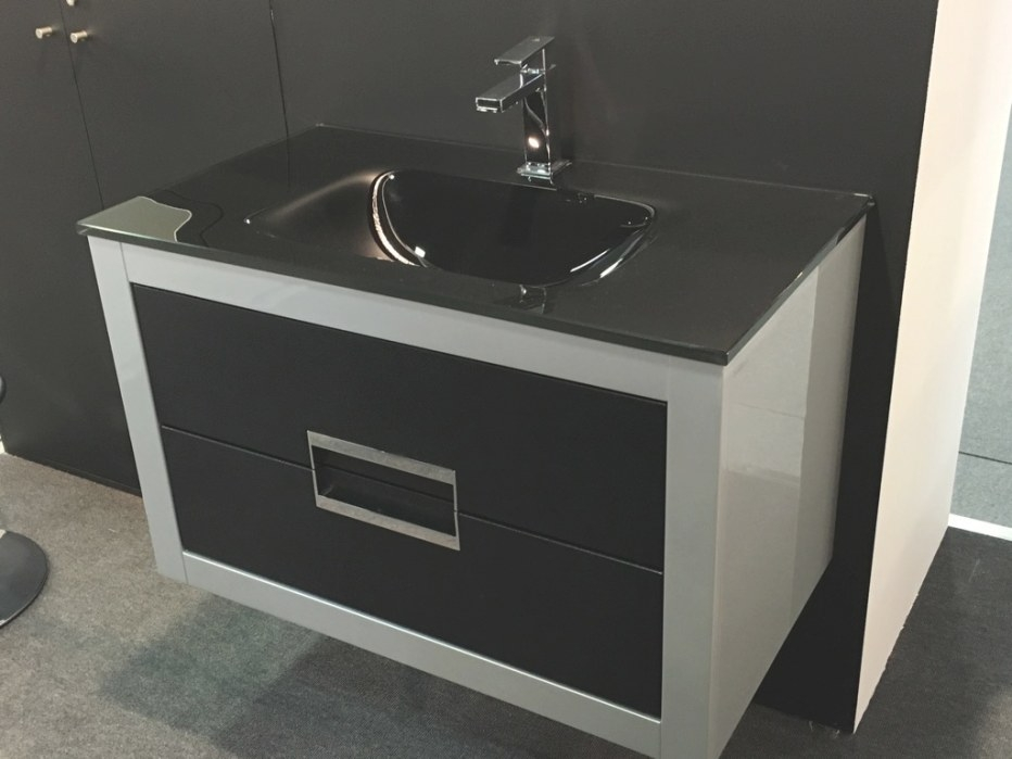 Danya Silver Leather Modern Bathroom Vanity 32 Inch throughout 32 Inch Bathroom Vanity