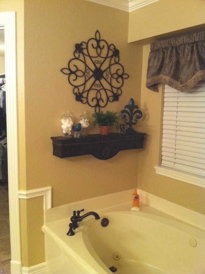 Decorative Shelf Above Bath Tub | Bathtub Decor, Garden throughout Picture Of A Bathroom