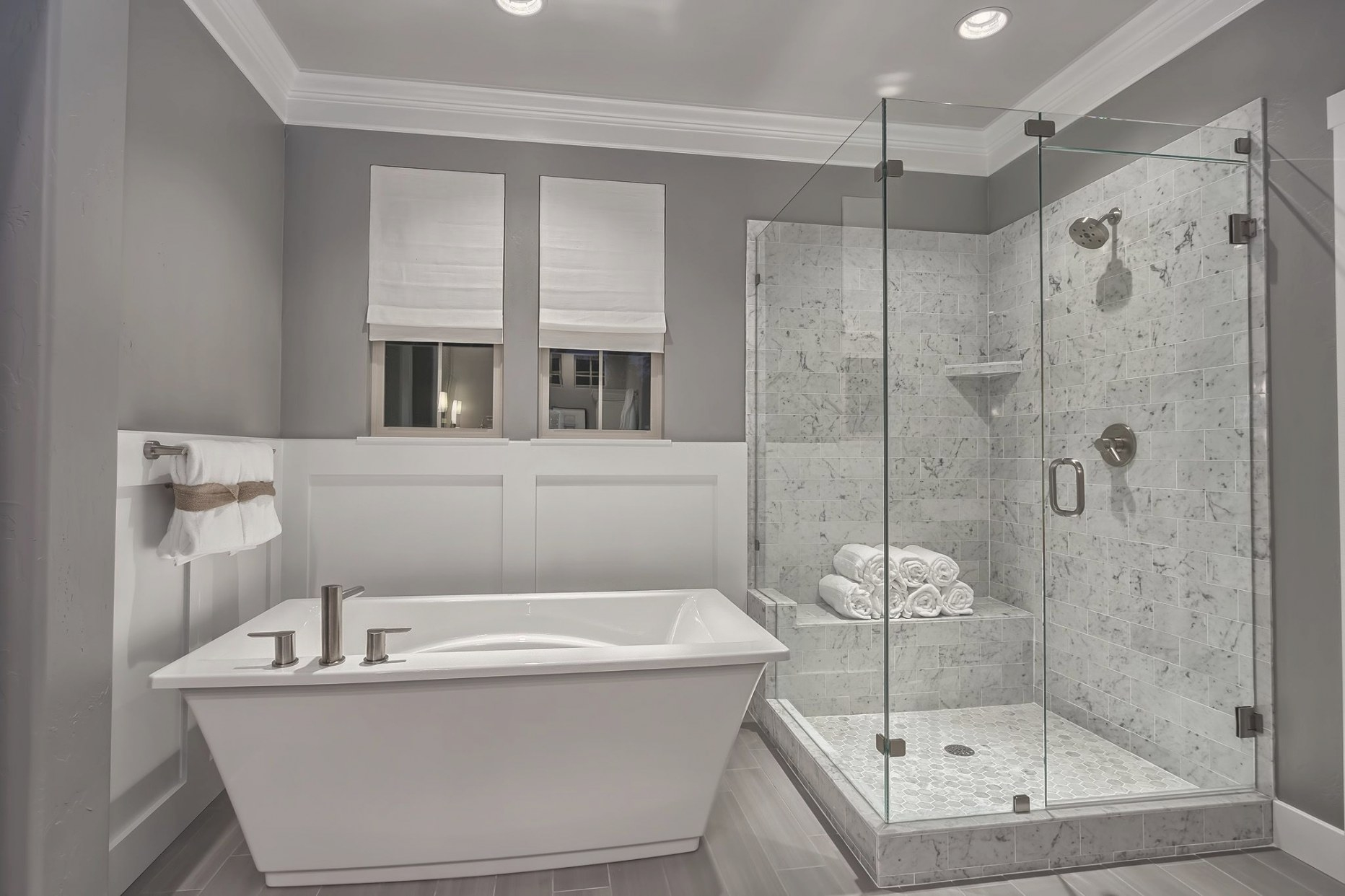 Free Standing Tub With Wainscoting Accentuate The Stone for Free Standing Tub Shower
