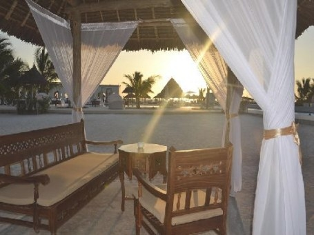 Gold Zanzibar Beach House And Spa Package, North Coast with North Coast Packaged Homes