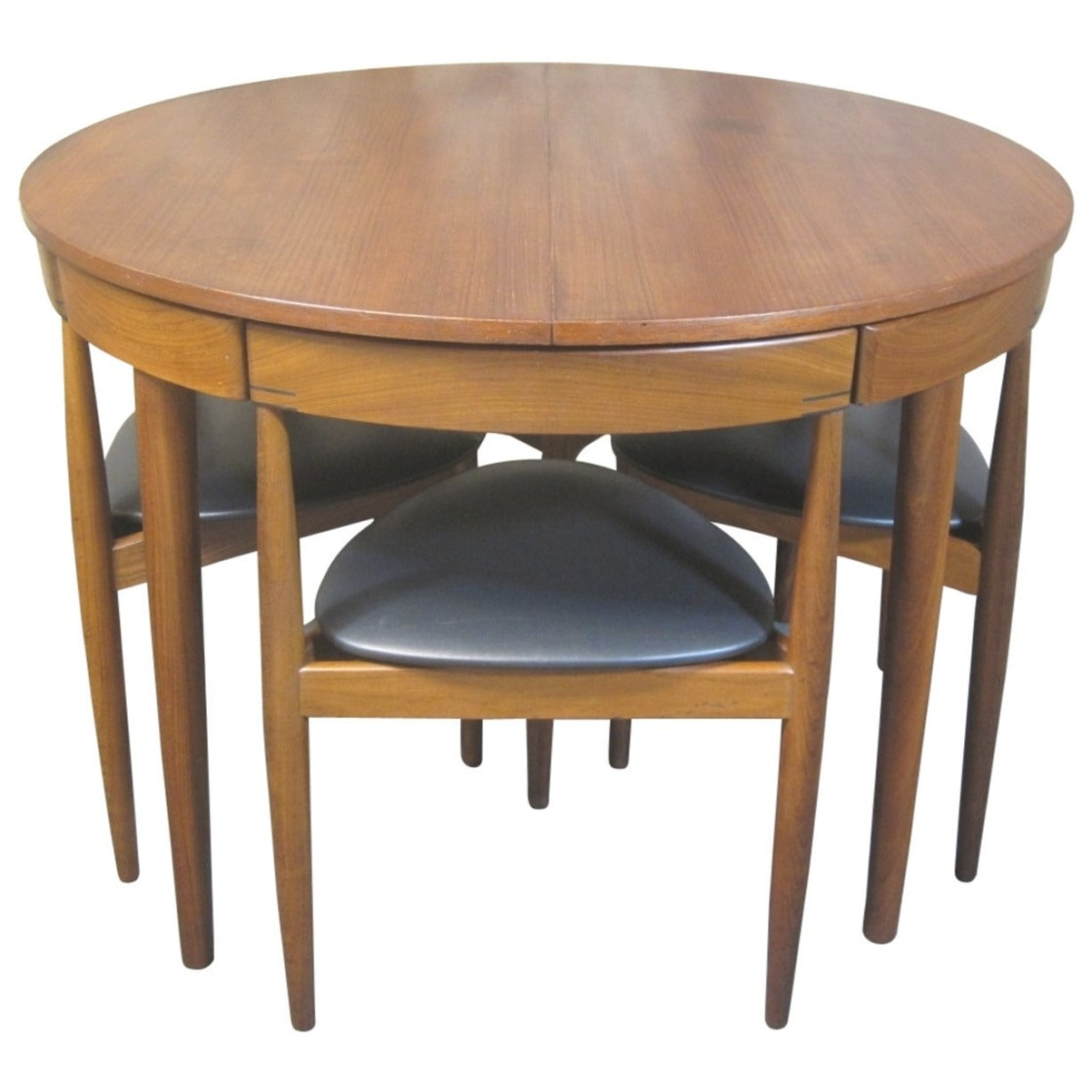 Hans Olsen For Frem Rojle Teak Dining Table And Chairs in Mid Century Dining Table