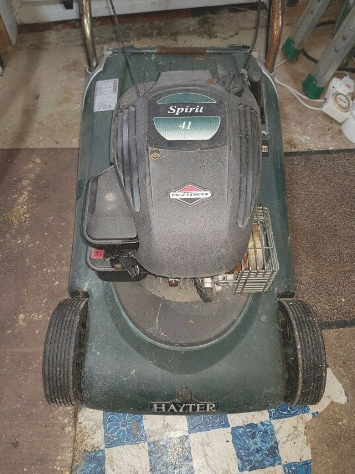 Hayter Spirit 41 Petrol Lawnmower Briggs And Stratton intended for Briggs And Stratton Lawn Mower Won'T Start After Sitting