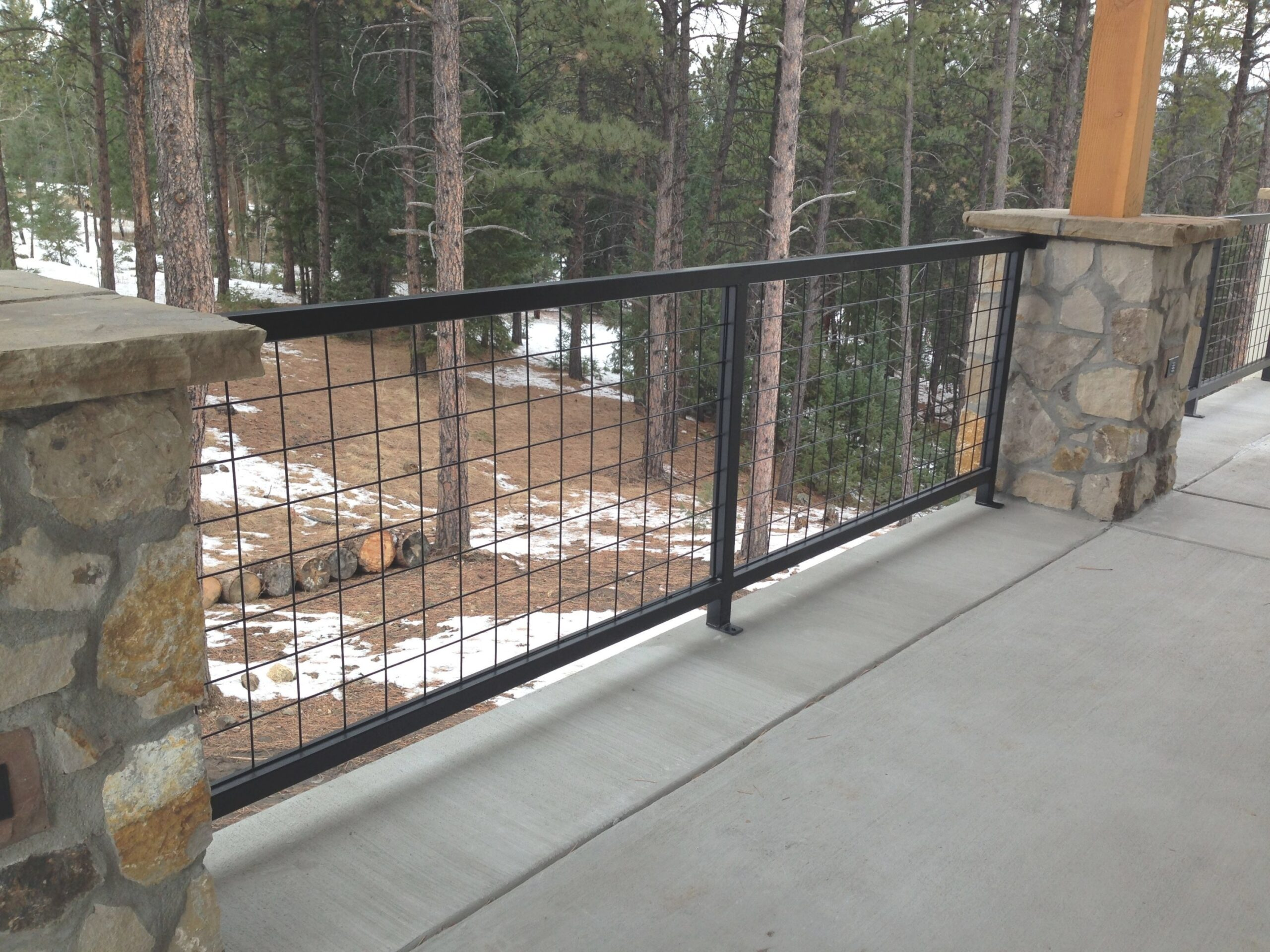 Hog Wire Deck Railing Astonishing On Modern Home Decor within Hog Wire Deck Railing