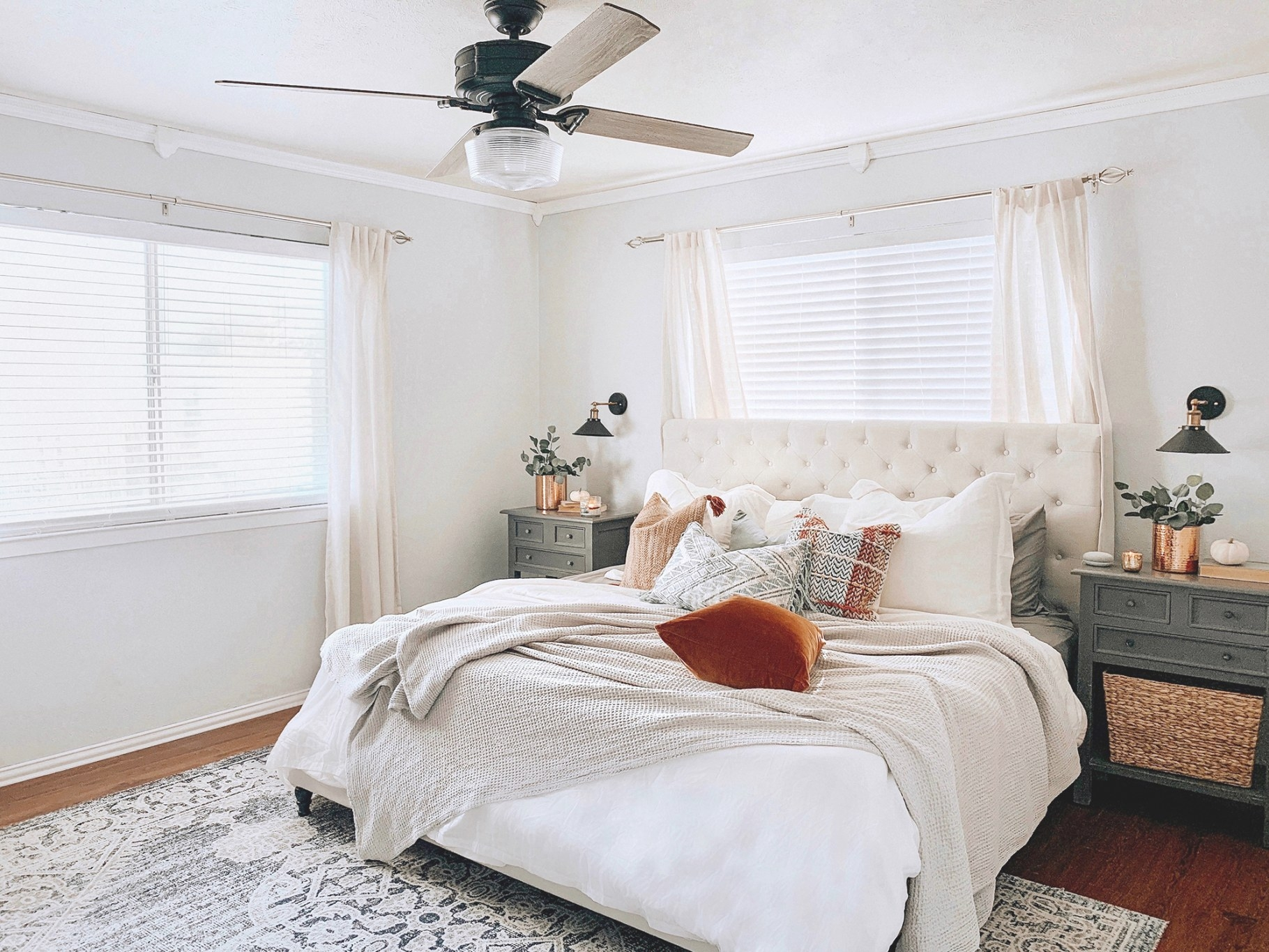 How To Choose A Ceiling Fan Guide: The Style - Hunter Fan Blog inside Ceiling Fan In Bedroom