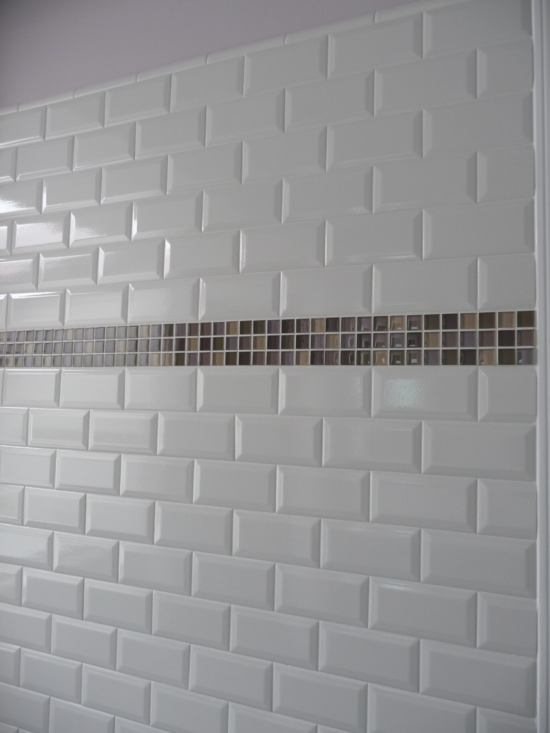 How To Choose The Best Subway Tile Sizes To Get The in What Size Tiles For Small Bathroom